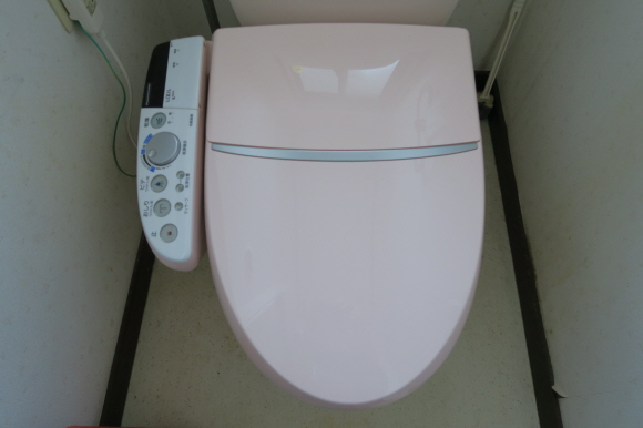 シャワートイレ4
