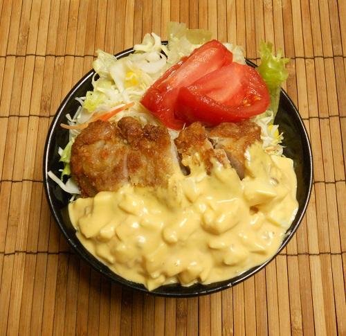 オールコンビニ素材の和風チキン南蛮丼7