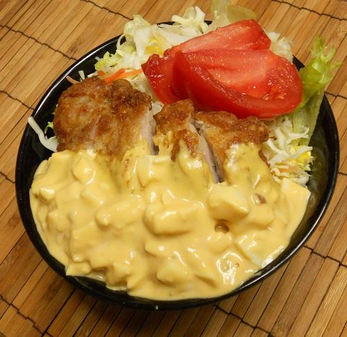オールコンビニ素材の和風チキン南蛮丼8