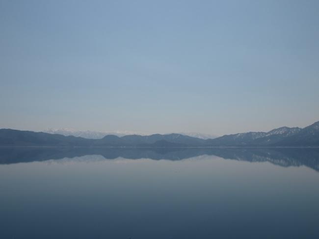 静けさの田沢湖