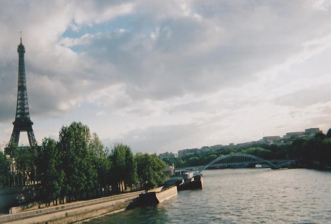 セーヌ川 エッフェル塔