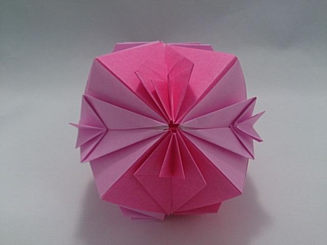 バラ 折り紙:折り紙 くす玉 12枚-mainitiuniuni.blog.fc2.com