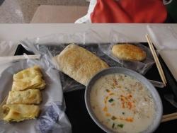 タイワン朝ご飯 たまごまきなど