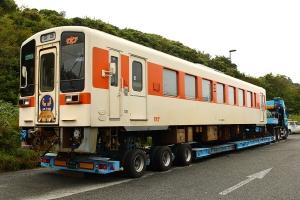 鉄道車両の大きさが感じられます