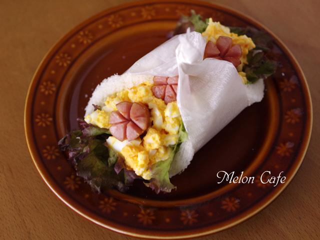 卵とウインナーの花咲くサンドシナイッチ