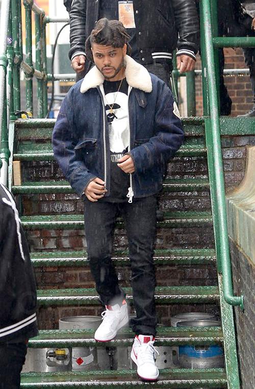 ザ・ウィークエンド(The Weeknd):モンクレール(Moncler)/ベイプ(BAPE)/ミスターコンプリートリー(Mr Completely)/ナイキ(NIKE)