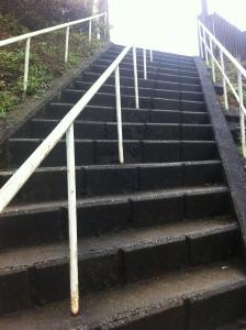 4変な階段