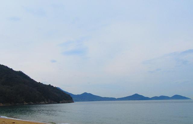 粟島西浜海岸左から 28.3.23