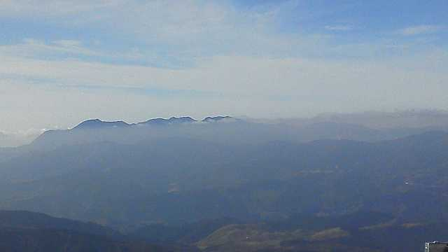 F1000419 由布岳東峰より九重連山