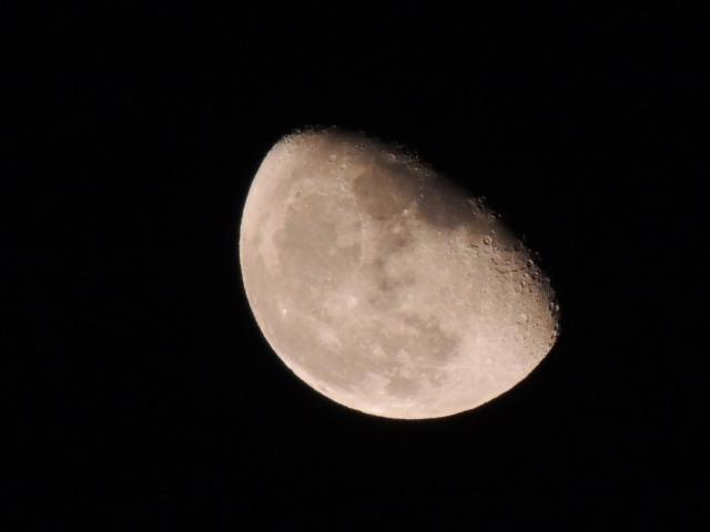 N6532下弦の月
