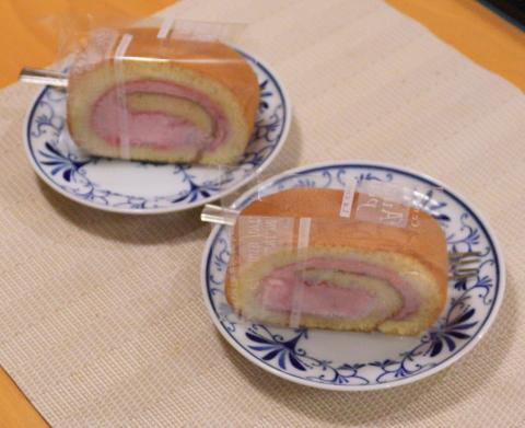 近江堂のロールケーキ
