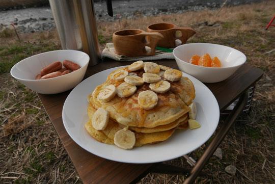 08朝食はホットケーキ