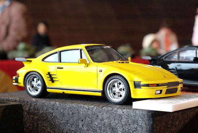 9293 ポルシェ 911 ターボ フラットノーズ 640×430