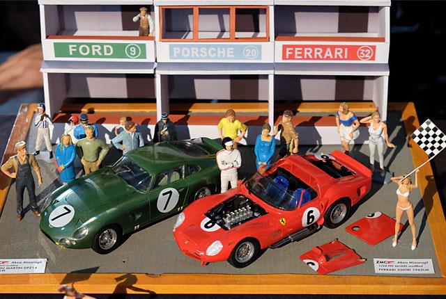 9340 フェラーリとアストン 640×430
