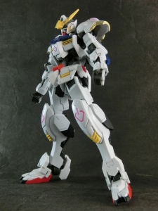 HG-GUNDAM-BARBATOS0085.jpg