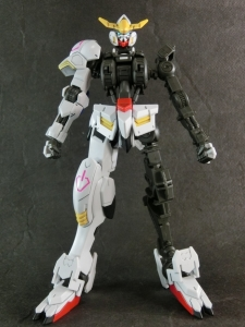 HG-GUNDAM-BARBATOS0169.jpg