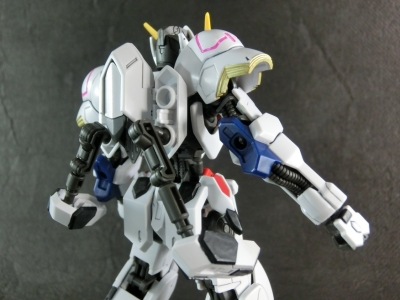 HG-GUNDAM-BARBATOS0394.jpg