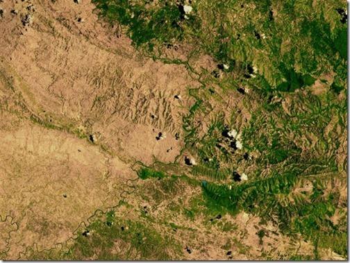 【世界の快道でイク!】ドミニカ共和国編;El Faro a Colon(エル・ファロ・ア・コロン)に見護られた美女達。ハイチとの国境線