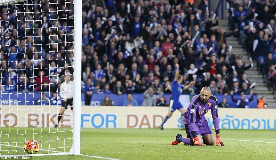Gomes was helpless as he watched Kantes effort trickle over the line