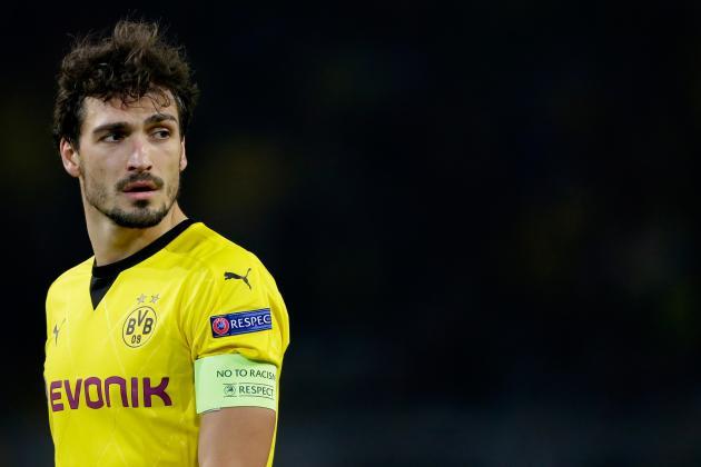 Should Borussia Dortmund Bench Captain Mats Hummels