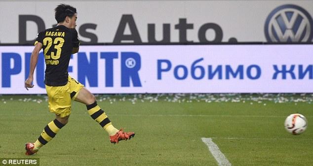 Shinji Kagawa nets a late winner for the away side as they closed the gap on Bayern