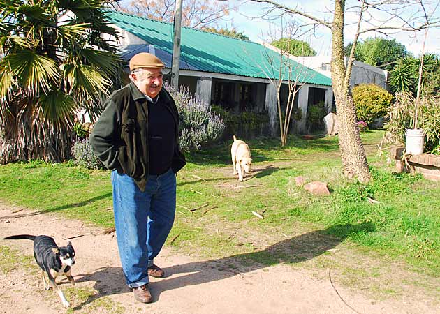 mujica-dog-farm.jpg