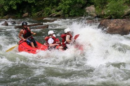 山岳 川くだり 冒険