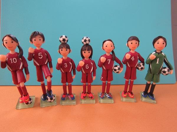 サッカー女子人形