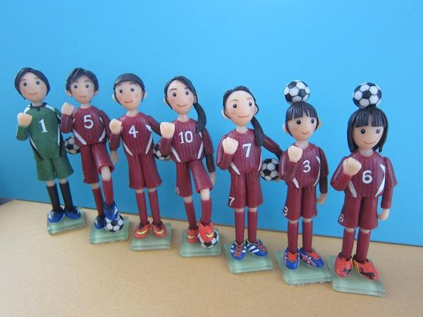 サッカー女子人形2