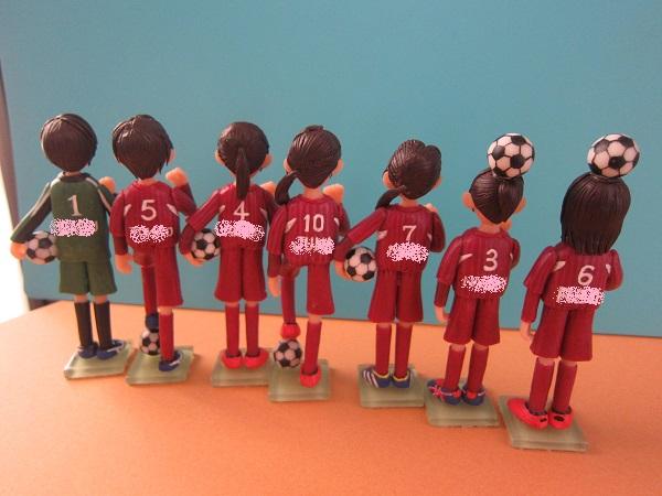 サッカー女子人形3