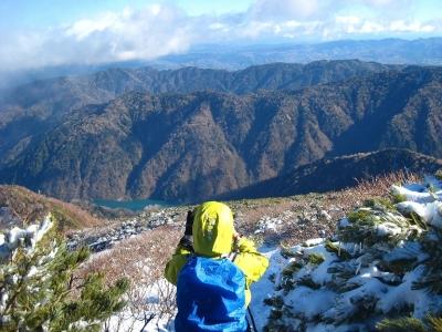 奥美濃の山々と白水湖