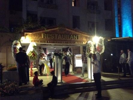 トルコの結婚式は夜始まります
