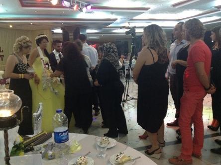 行列の出来る結婚式