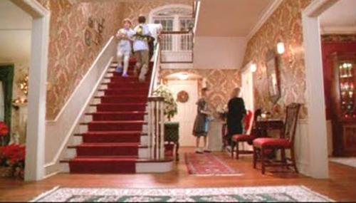 home-alone-movie-decor-foyer.jpg