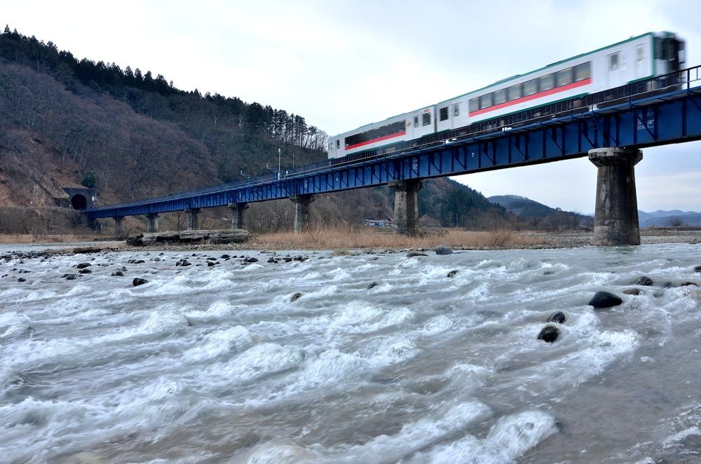 陸羽東線 414-2_22-2_fused-2-2gs