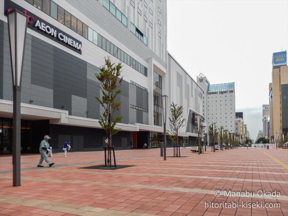 右手身に見えるのはイオンモール旭川駅前