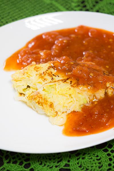 ジャガイモ焼きのトマトソース