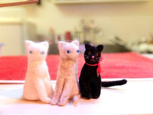 16個展猫の毛人形1