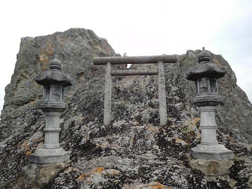 高岳神社磐座7