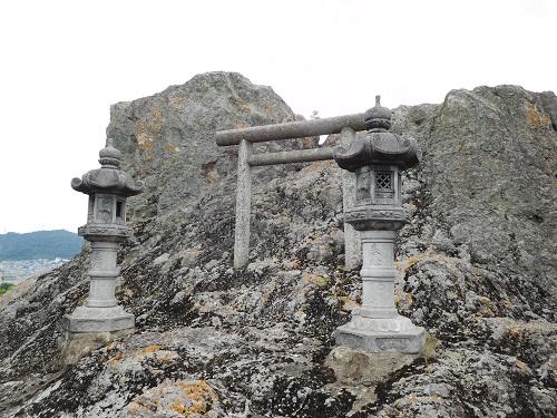 高岳神社磐座6