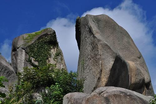 尾道岩屋巨石