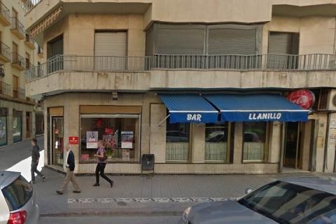 1829 Bar LLANILLO en Alcala