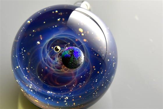 spaceglass2.jpg