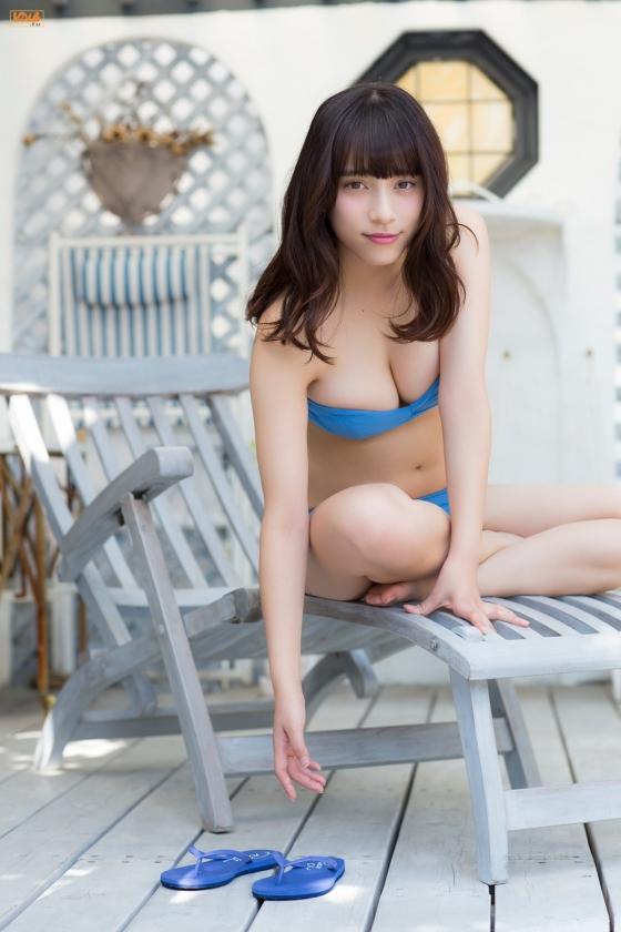 都丸紗也華 BOMBの水着グラビアでFカップ巨乳を披露 画像36枚 18