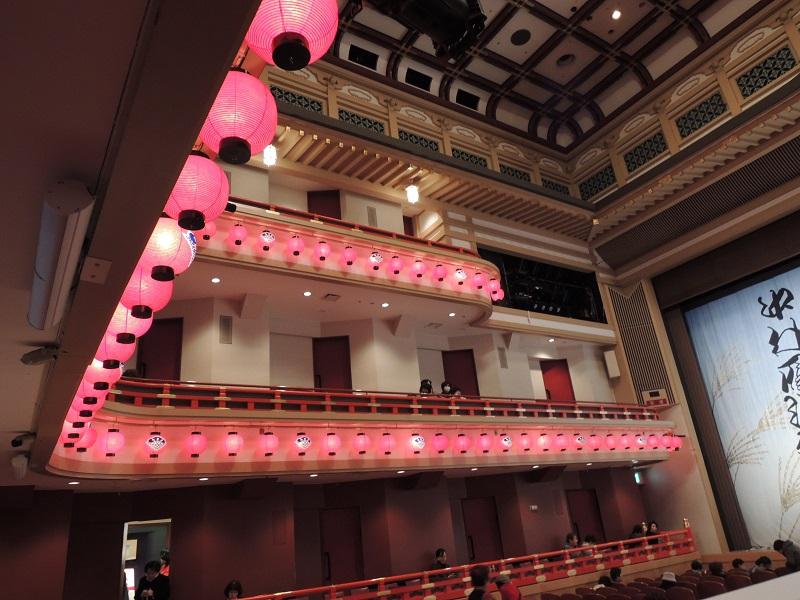 劇場の席 1階席・2階席・3階席