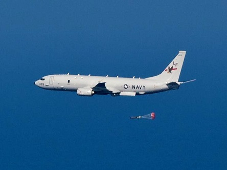 P-8A_Poseidon_of_VP-16_dropping_torpedo_in_2013.jpg