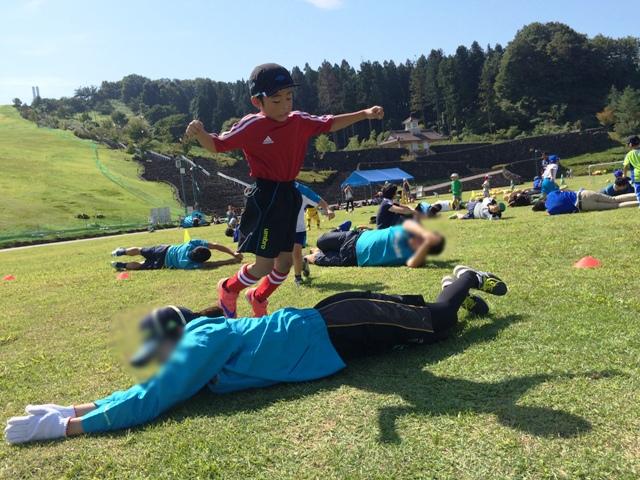 普段のサッカー練習より楽しく遊ぶ陸ちゃん