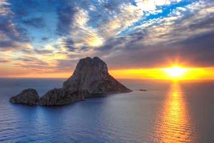 Es-Vedra-Ibiza.jpg
