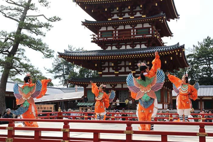 薬師寺 花会式 舞楽1