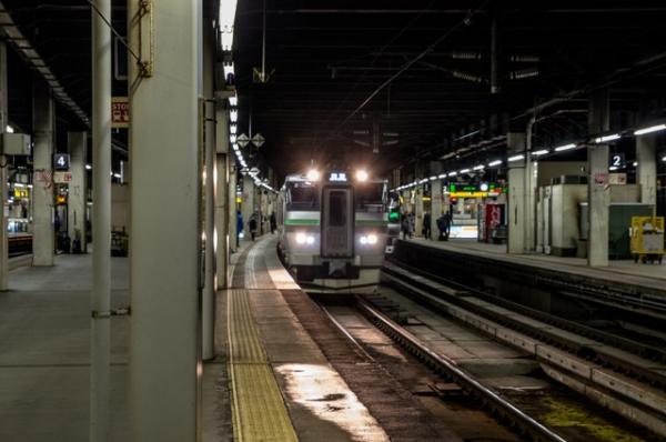 電車きた@